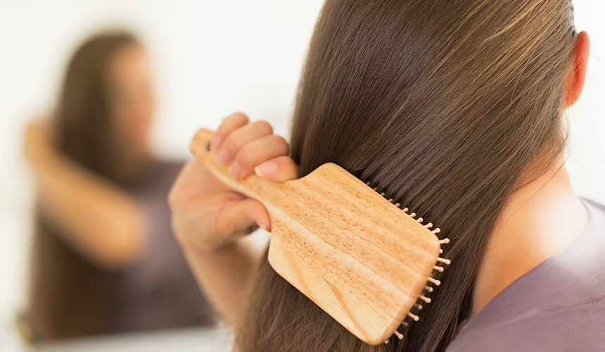 The Best Way to Brush Your Hair